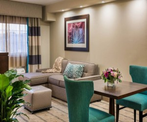Our Guest Rooms - The Kenilworth - Suite Sitting Area